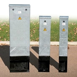 Lucy Mini Feeder Pillars